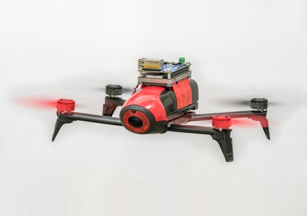 ربات پرنده مدل Bebop 2