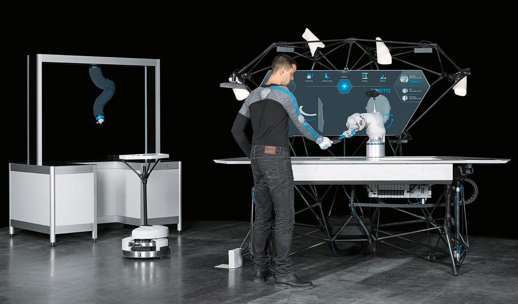 تعامل بین انسان و سیستم رباتیک BionicWorkplace